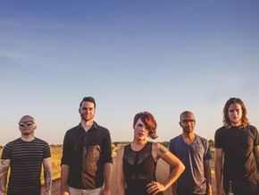 FLYLEAF NEW SINGLE FEAT SONNY SANDOVAL