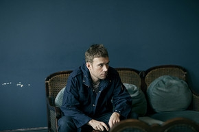 "DAMON ALBARN PREMIERES ""LONELY PRESS PLAY"" VIDEO"
